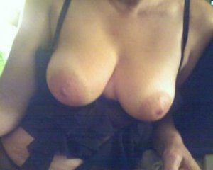 Alihya cameltoe call girls in Jacksonville, NC